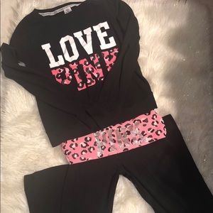 VS Pink Leopard Yoga pant & Crewneck SET- Medium